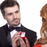プロポーズに指輪を渡さず指輪ケースのみを準備する方法